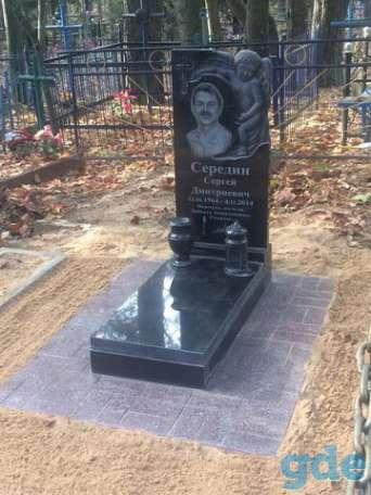 Резной памятник выполненный на фрезерном станке, фотография 12