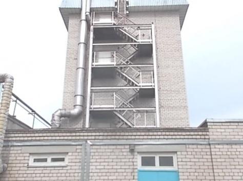 Очень высокое (высотное) производственное здание 8 км от Жодино, фотография 2