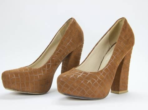 Продам коричневые туфли на каблуке, фотография 1