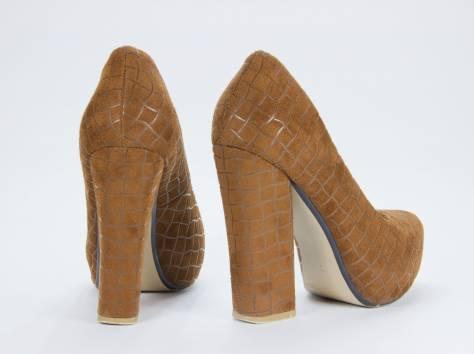 Продам коричневые туфли на каблуке, фотография 2