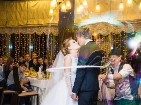 Шоу гигантских мыльных пузырей на свадьбу, фотография 1