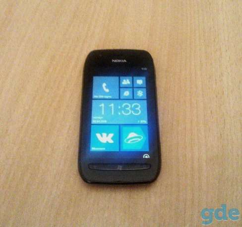 Смартфон Nokia Lumia 710 Black, фотография 3