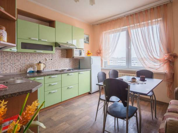 Тёплая, просторная 1-ая квартира в новом доме у метро., фотография 1