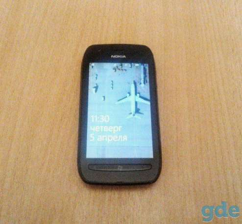 Смартфон Nokia Lumia 710 Black, фотография 2