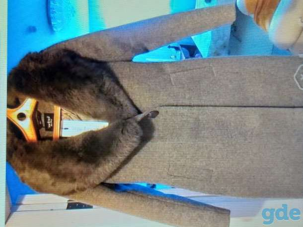 пальто женское, фотография 1