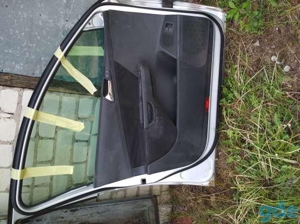 Двери передние правая левая Passat B6, фотография 4