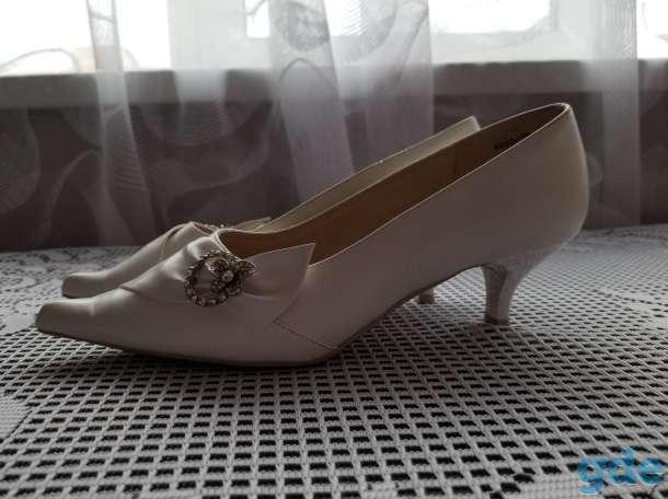 Туфли женские нарядные, фотография 3