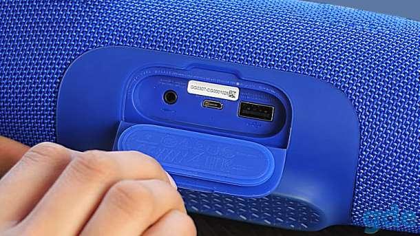 Беспроводная bluetooth колонка JBL charge 3 новая, фотография 3
