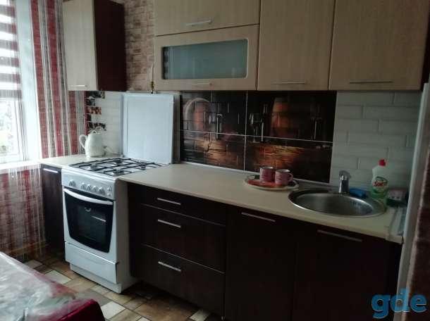 Уютная 2-х комнатная квартира, посуточно , Карасева 4, фотография 1