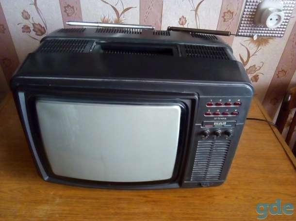 Телевизор переносной времён СССР SILELIS, фотография 2