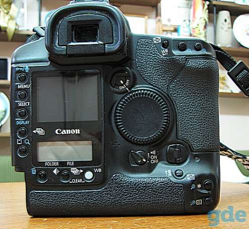 Полнокадровый аппарат Canon 1Ds Mark II., фотография 2
