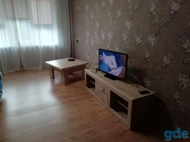 Уютная 2-х комнатная квартира, посуточно , Карасева 4, фотография 4
