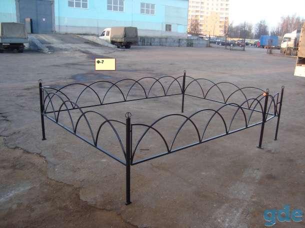 Ограды, кресты,скамейки, фотография 6