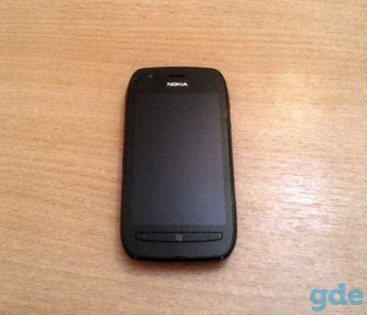 Смартфон Nokia Lumia 710 Black, фотография 1