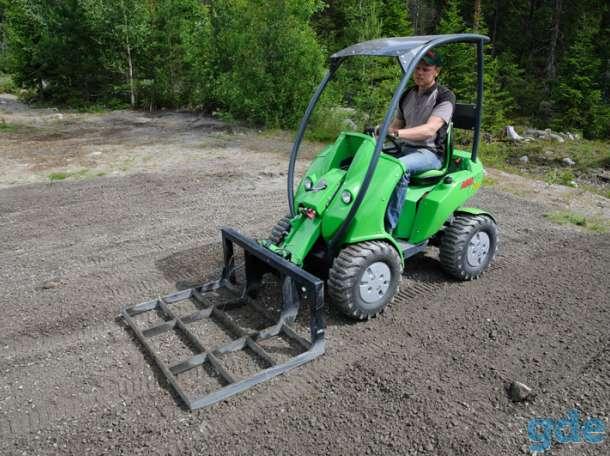 Продажа бизнеса по выполнению многопрофильных услуг мини-трактором