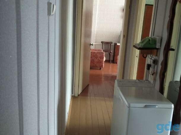 Продам 3-х комнатную квартиру в центре Кировска, ул.Пушкинская, 1, фотография 1