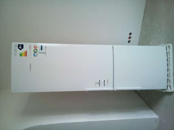 Холодильник BOSCH-KGV39XW20R, фотография 2